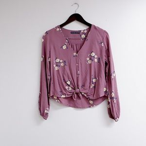 ABERCROMBIE AND FITCH FLORAL BLOUSE 🌷